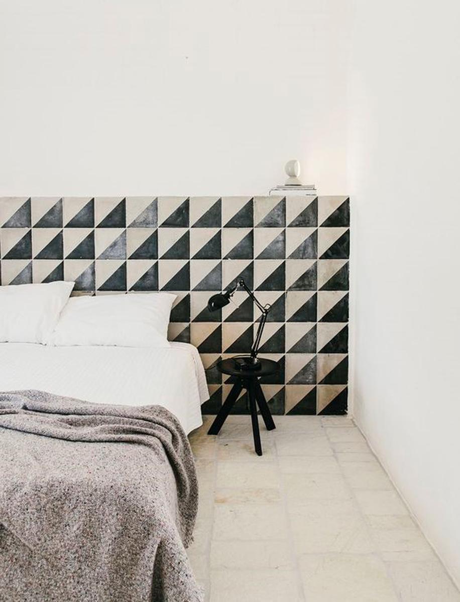 Viasolferino personalizzazione testiera ceramica camera da letto