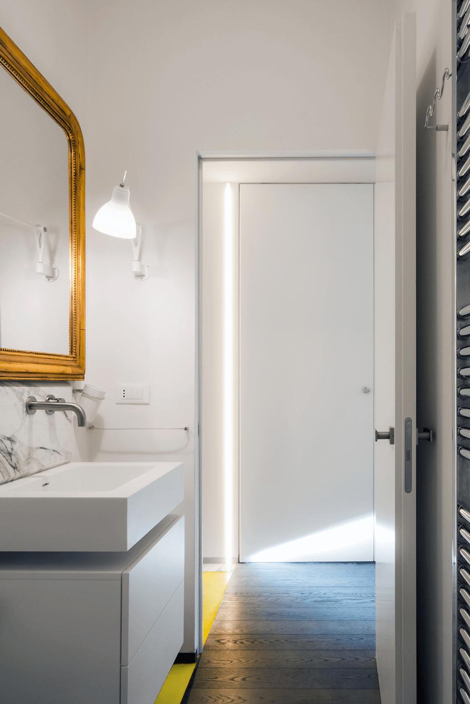 aumentare la luce naturale in una stanza