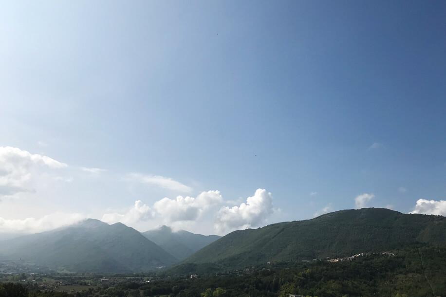 Viasolferino ristrutturazione casa con panorama, montagne abruzzesi