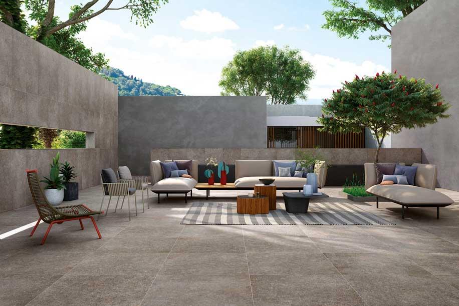 Ceramiche Refin collezione Pietra di Cembra proposta per l'indoor e per l'outdoor