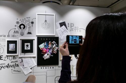Viasolferino-inaugurazione-showroom-giulianova-creative-wall